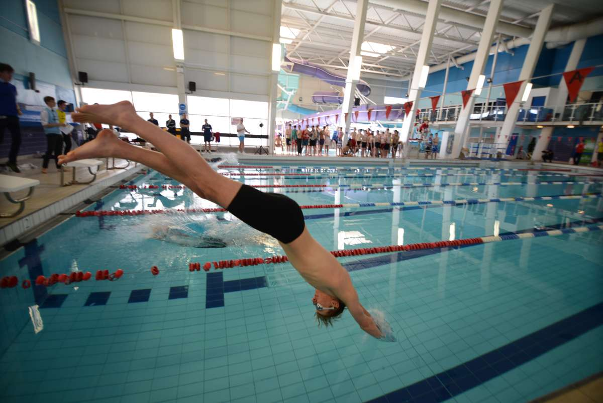 Diving sequence - Toby Pickard, Year 13