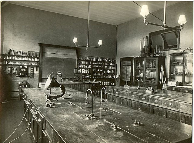 Physics laboratory circa 1925